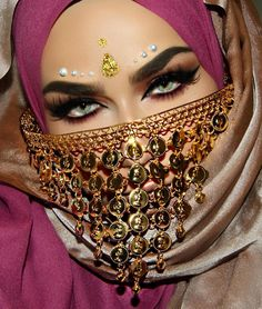 Insta: makeupbyeminee - Augen-Make-up Beauty ful yes - Eye Makeup Arabian Eyes, Arabian Makeup, Arabian Beauty, Arabian Nights, Pretty Eyes, Cool Eyes, Beauty Makeup, Eye Makeup, Arab Women