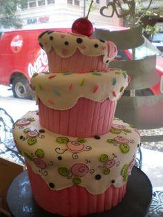 Cute cupcake cake!