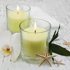 Descubre el poder de las velas para el trabajo: conseguir un empleo o tener éxito en él. Te contamos cuales son las colores de las velas más apropiadas.
