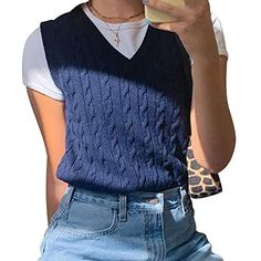 Vest Outfits For Women, Preppy Outfits, Retro Outfits, Mode Outfits, Preppy Style, Cute Casual Outfits, Fashion Outfits, Clothes For Women, 90s Style