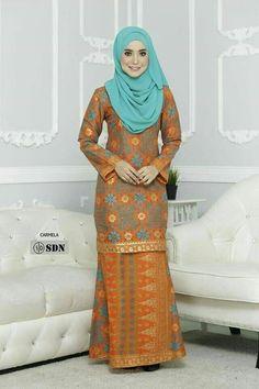Kebaya Muslim, Muslim Dress, Abaya Fashion, Muslim Fashion, Fashion Dresses, Indian Gowns, Pakistani Dresses, Abaya Mode, Model Kebaya
