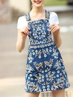 Denim Dresses Online, Fashion Dresses, Dress Online, Embroidered Denim Dress, Embroidered Flowers, Inspiration Mode, Overall Dress, Pretty Outfits, Dress To Impress