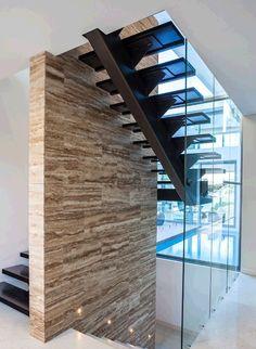 Noce eschilo internal feature wall Builder: Urbane projects