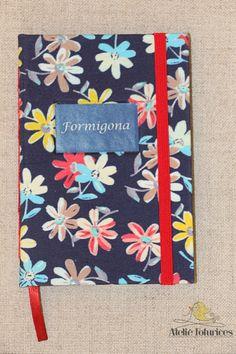Caderno brochurinha personalizado.