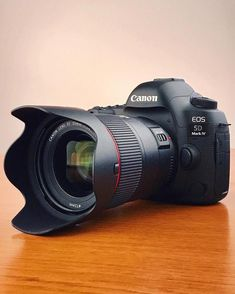 29 Incredible Canon Cameras With Lens Canon Camera Charger Rebel Canon Camera Tips, Camera Hacks, Camera Gear, Canon Cameras, Camera Backpack, Best Camera For Photography, Gopro Photography, Landscape Photography, Portrait Photography