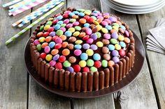 Rezept für bunte Smarties-Torte