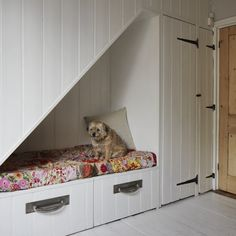 Understairs cubbyhole | Vintage style | Victorian terraced house | PHOTO GALLERY | Ideal Home | Housetohome