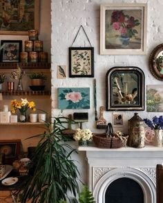 morgane studies — a-delightful-moment: Mason & Painter, London Fall Home Decor, Autumn Home, Cheap Home Decor, Natural Home Decor, William Morris, Home Decor Accessories, My Dream Home, Home Decor Inspiration, Glass Jars