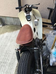 Honda C70 Moped Bike, Bobber Motorcycle, Vespa Scooters, Honda Cub, Old Bikes, Mini Bike, Custom Bikes, Cars And Motorcycles, Cubs