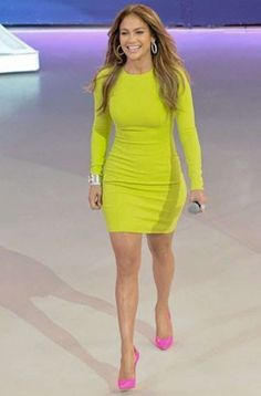 Jennifer Lopez in neon yellow dress and neon pink shoes.luv this outfit! Green Bandage Dress, Long Sleeve Bandage Dress, Green Dress, Bodycon Dress, Bandage Dresses, Dress Long, Bcbg Dresses, Tight Dresses, Evening Dresses