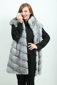 fourrure de vison sur pinterest fourrure manteaux de. Black Bedroom Furniture Sets. Home Design Ideas