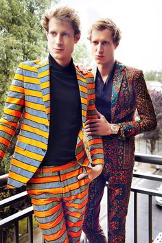 Dent de Man is a menswear brand with the core purpose of providing sartorial elegance through classic african printed suits and trousers. The brand seeks to mix traditional menswear tailoring and soulful print choices for the contemporary gentleman. African Inspired Fashion, African Print Fashion, African Prints, Ankara Fashion, African Fabric, Men's Fashion Brands, Fashion Tips, Fashion Design, Isaac Hempstead-wright