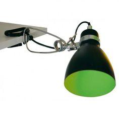 Spot à pince Biloon chez Incidence. Lampe à pince en métal vert à l'intérieur noir à l'extérieur chez Incidence