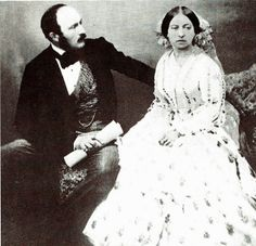 Prince Albert and Queen Victoria - This is the first time I've seen a resemblance between Queens Victoria and Elizabeth II Queen Victoria Family, Queen Victoria Prince Albert, Victoria And Albert, Victoria British, Royal Queen, King Queen, Elizabeth Ii, Reine Victoria, Casa Real