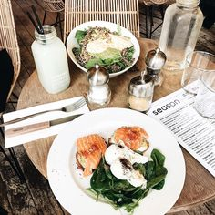 """SEASON, PARIS Victoria Törnegren (@victoriatornegren) on Instagram: """"Lunch 👌😘 @seasonparis #paris"""""""