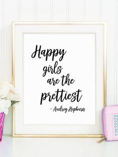 Happy Girls Quote Cute Teen Girl Gift Girl Fashion Poster Audrey Hepburn Makeup Wall Decor Make Teenage Girl Bedroom Designs, Teenage Girl Bedrooms, Girl Bathroom Decor, Home Decor Bedroom, Bedroom Ideas, Teen Bathroom Girl, Teen Bedroom Crafts, Bedroom Art, Dream Bedroom
