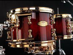 Rhythm Method, Drums Studio, King Drawing, Diy Drums, Pearl Drums, Drum Solo, Drumline, Drum Lessons, Famous Musicians