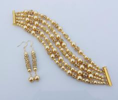 ISABELLA and NAOMI - Bridal Jewelry Set: Bracelet and Earrings in Yellow Gold