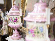 Porcelánové vázy Jar, Home Decor, Decoration Home, Room Decor, Home Interior Design, Jars, Glass, Home Decoration, Interior Design