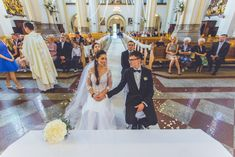 #weddingday #wedding #blackandwhite #bridelle #slubnaglowie #niezleaparaty #lookslikefilm #weddingmagazine #canon5dmk3 #lovestory #kiss #photography #fotografiaslubnawroclaw #weddingdress #weddingphotographer #weddingstory #bialekfotografia #wrocław #wroclove #instawedding #instawroclove #instawroclaw #dolnyslask #white #goodvibes #mywedd #mywedding