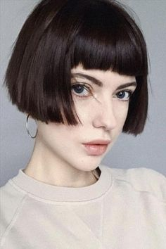 Short hair cuts for girls. Expert Hairdressing Recommendations That Can Make The Very Best Of Your Hair Blonde Bob Haircut, Bob Haircut With Bangs, Short Hair With Bangs, Short Bob Haircuts, Girl Haircuts, Girl Short Hair, Curly Bob Hairstyles, Short Hair Cuts, Curly Hair Styles