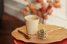 Le site Shopu aime l'art et l'art de vivre nippon. Preuve en est sa sélection précieuse d'objets rapportés des quatre coins du Japon mêlant design, art et artisanat. Simplement beaux.  Notre choix : les plateaux en bois Kisashi fabriqués à la main, les pinceaux Neko joliment colorés en poils naturel de chèvre, le set d'assiettes Kiku en porcelaine.
