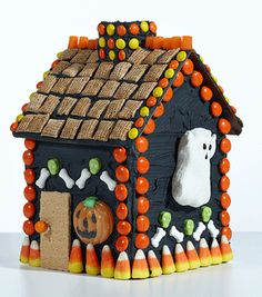 CANDY~Gingerbread House Party Pack 4 small Candy Cottages, ready to decorate for your next gathering or party!