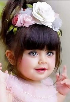 So Cute Baby, Cute Baby Girl Photos, Cute Baby Couple, Cute Little Baby Girl, Cute Kids Pics, Cute Little Girls Outfits, Baby Boy Pictures, Cute Funny Babies, Cute Baby Girl Wallpaper