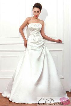 beautiful ball gown wedding dress.