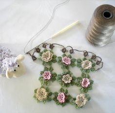 needle tatting patterns | by Elizabeth Ann White in Old-Time Crochet magazine Vol 24 No 1 Spring ...