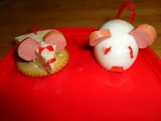 Bento Mice - Dairylea Triangle and Boiled Egg