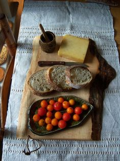 bread and cheese and self-grown tomatoes - via Sweet Home