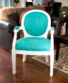 Upholstery Painting Tip - Putting Paint in the Refrigerator between coats keeps it wet.