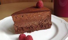 Čtyřvrstvý čokoládový dort (bezlepkový)