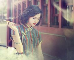 Old Shanghai - Forgotten Futures Shanghai Girls, Shanghai Night, Old Shanghai, Cheongsam, Hanfu, Oriental Fashion, Girl Smoking, Chinese Culture, Mystery