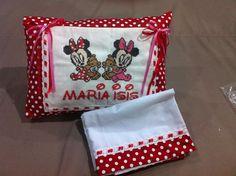 Travesseiro Personalizado com bolso + lençol - Bordado em Ponto Cruz