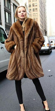 Abrigos Imágenes De Mejores Fur Furs Y Piel 15 Coats Fur O6qSZ5