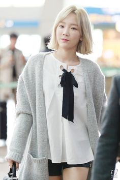 Taeyeon- AIrport