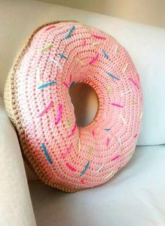 #crochet donnut pillow