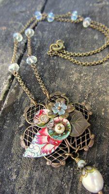 SAGA silent auction: Handmade artisan necklace