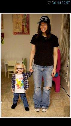My friend posted this on FB. Best mother/daughter costume I have EVER seen. - Imgur