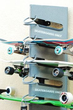 AuBergewohnlich The SkateDock Surface Mounted Skateboard Rack