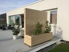 moderne levegg med blomsterkasse – Google Søk Garage Doors, Backyard, Garden, Outdoor Decor, Home Decor, Modern, Patio, Garten, Decoration Home