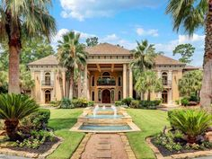 mediterranean homes architecture Texas Mansions, Mansions Homes, Luxury Mansions, Style At Home, Casa Hotel, Mediterranean Style Homes, Mediterranean Architecture, Home Fashion, My Dream Home