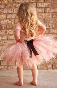 Beautiful Neapolitan Ultra Fluffy Pink Brown and Cream TUTU W/ FREE HAIR CLIP. Newborn through 6T. Flower Girl, Photography, Birthday, Dance Class.