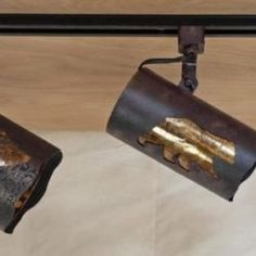 The Copper Canyon Western and Ranch Track Lighting - Dual Track Head allows you to precisely aim the light where it is most needed. Rustic Track Lighting, Rustic Lamps, Lodge Style, Wood Ceilings, Natural Light, Beams, Ranch, Copper, Bulb