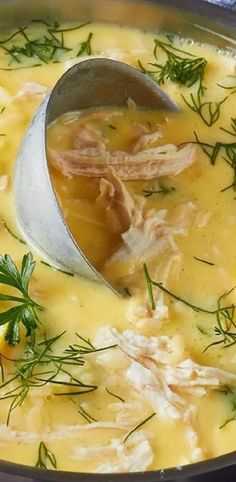 Slow cooker Avgolemono soup. Easy and delicious Greek lemon soup cooked in a slow cooker. #slowcooker #crockpot #chicken #dinner #soup #avgolemono