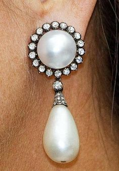 Large Pearl & Diamond Earrings Pearl And Diamond Earrings, Pearl Diamond, Royal Jewelry, Pearl Jewelry, Jewellery, Royal Tiaras, Jewelry Party, Queen Elizabeth, Couture Fashion