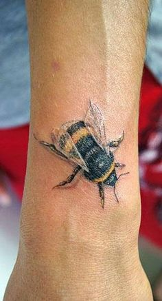 Best Bee Tattoos in the World, Bee Tattoos in the World, Best Bee Tattoos,  Best Bee Tattoos Video, Best Bee Tattoos Photos, Best Bee Tattoos Imagenes, Amazing Best Bee Tattoos, Best Bee Tattoos on Pinterest, Best Bee Tattoos For Men, Best Bee Tattoos Female