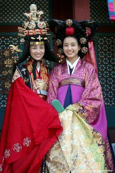 hanbok queen - Google Search